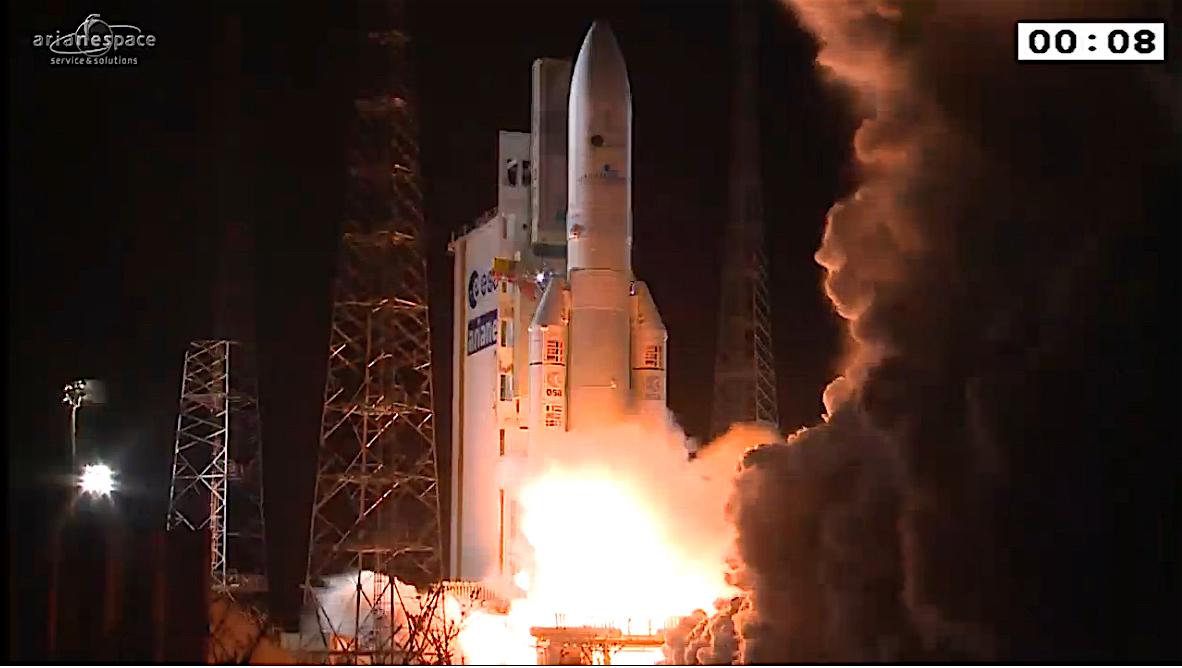 Ariane_5_liftoff_VA229